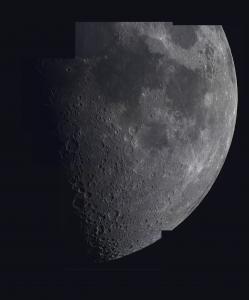 Une mosaïque de la lune composée de 12 images prises par les membres de la SAM